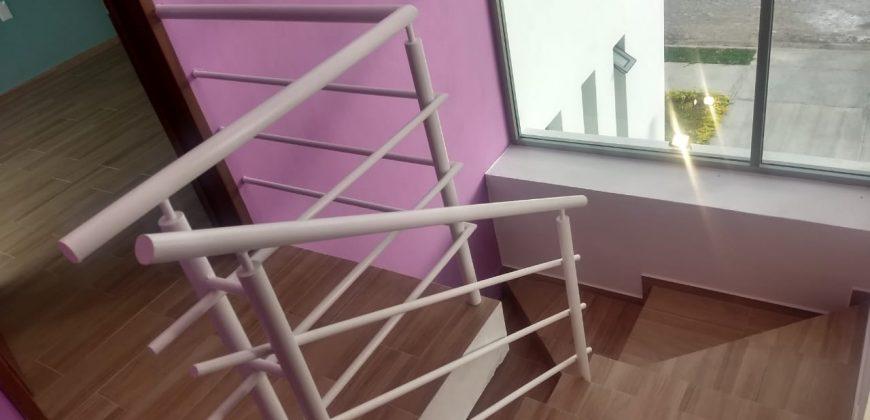 Casa en Venta en Residencial Romanza, Colima.