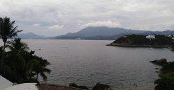 Departamento Amueblado con Vista al Mar en Zona Exclusiva de Manzanillo en Venta o Renta