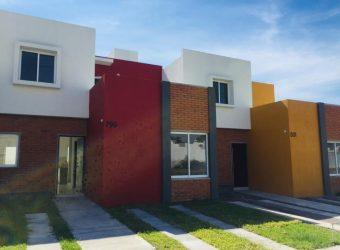 Casas En Venta En Montellano, Villa de Álvarez