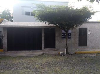 En Renta Casa Semiamueblada en Jardines Residenciales, Colima