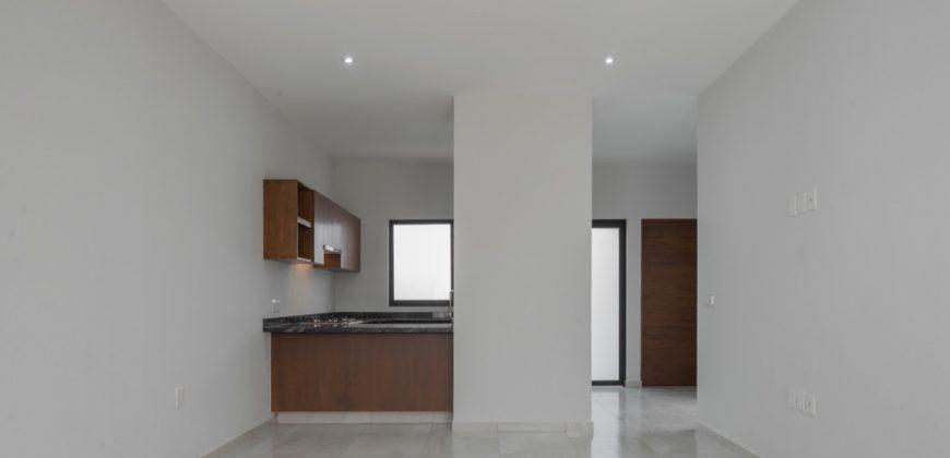 Casa en Venta en Fraccionamiento Loredo Residencial, Colima, Col.