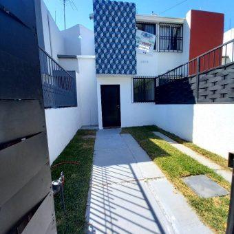 Casa en Venta Jardines del Valle, Zapopan.
